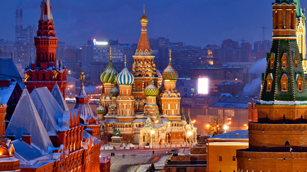 Saint-Basils-Cathedral-Moscow-Russia-04